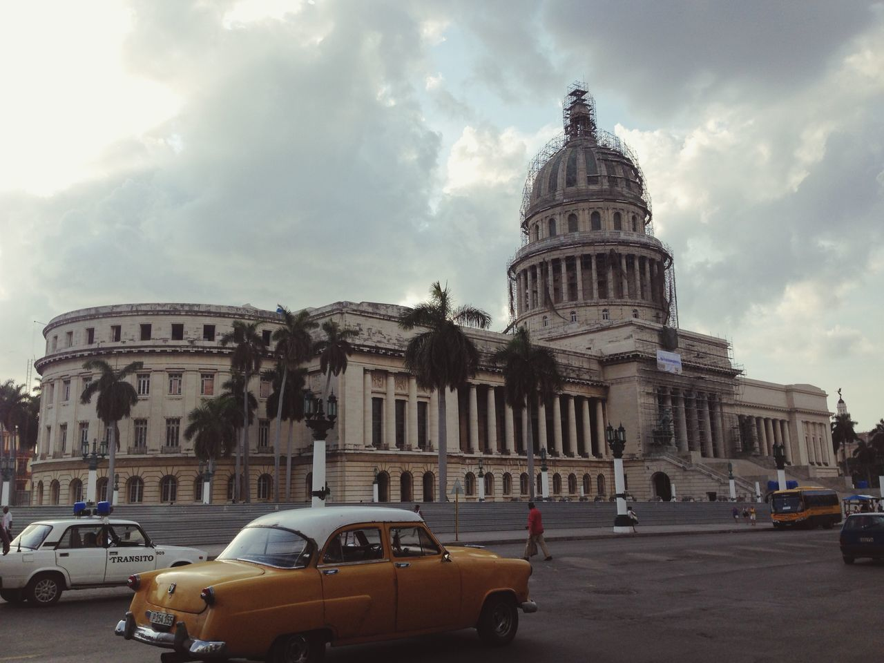 Beautiful stock photos of cuba, American Culture, Architectural Column, Architecture, Building Exterior