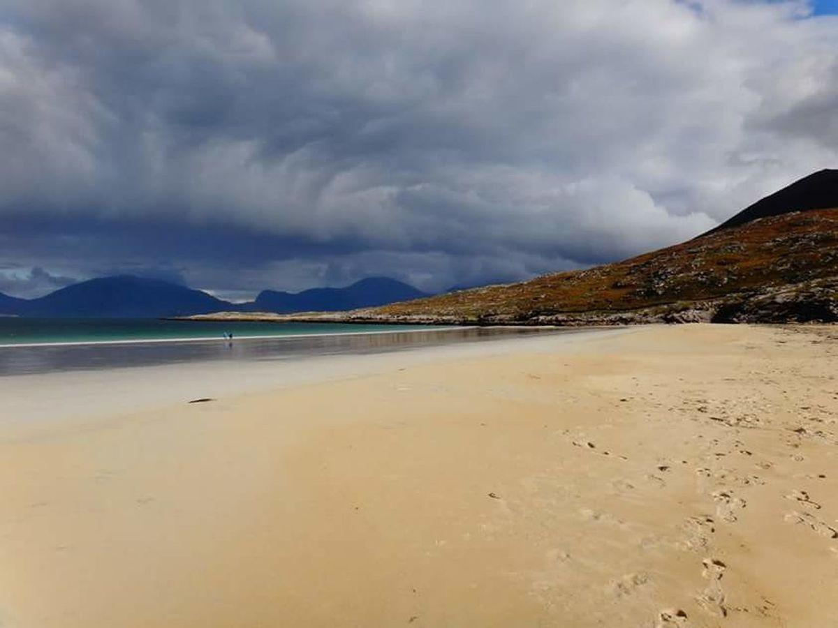 Enjoying Life Life Is A Beach Cloudporn Luskentyre Beach Isle Of Harris Scotland