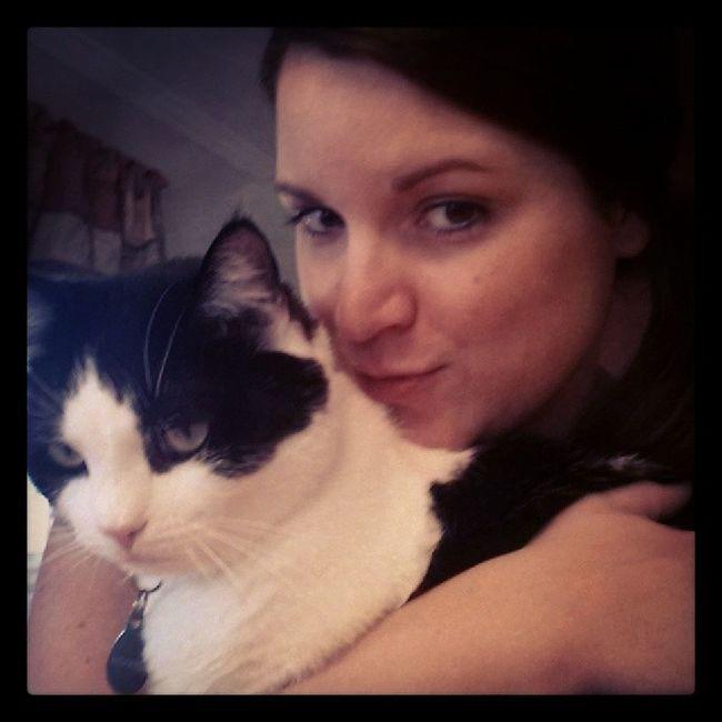 I think Richardthecat is Grumpycat long lost cousin!