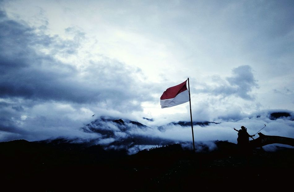 Traveling Home For The Holidays Paralayangbatu Sky Day Mountain Landscape Nature Outdoors Cloud - Sky Flag Selfies Phone Photography WallpaperForMobile PhonePhotography Mobile Photography