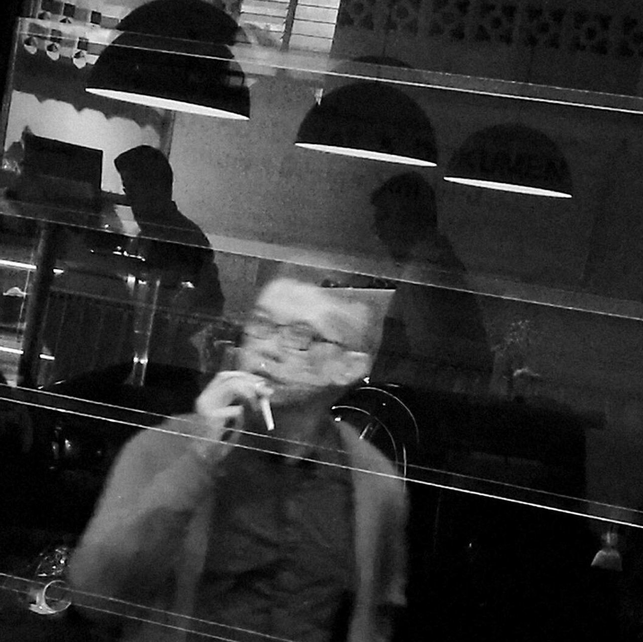 Coffee Smoking Reflection_collection Reflection Photography Reflections Reflection In The Window Street Photo Street Photography Streetphoto EyeEm EyeEmNewHere EyeEmBestPics EyeEm Gallery Eyeemphotography EyeEm Best Shots People Blackandwhitephotography Black & White Photography Blackandwhite Black And White Streetphotography_bw Streetphotography Streetphoto_bw Streetportrait Streetphotographer Monochrome