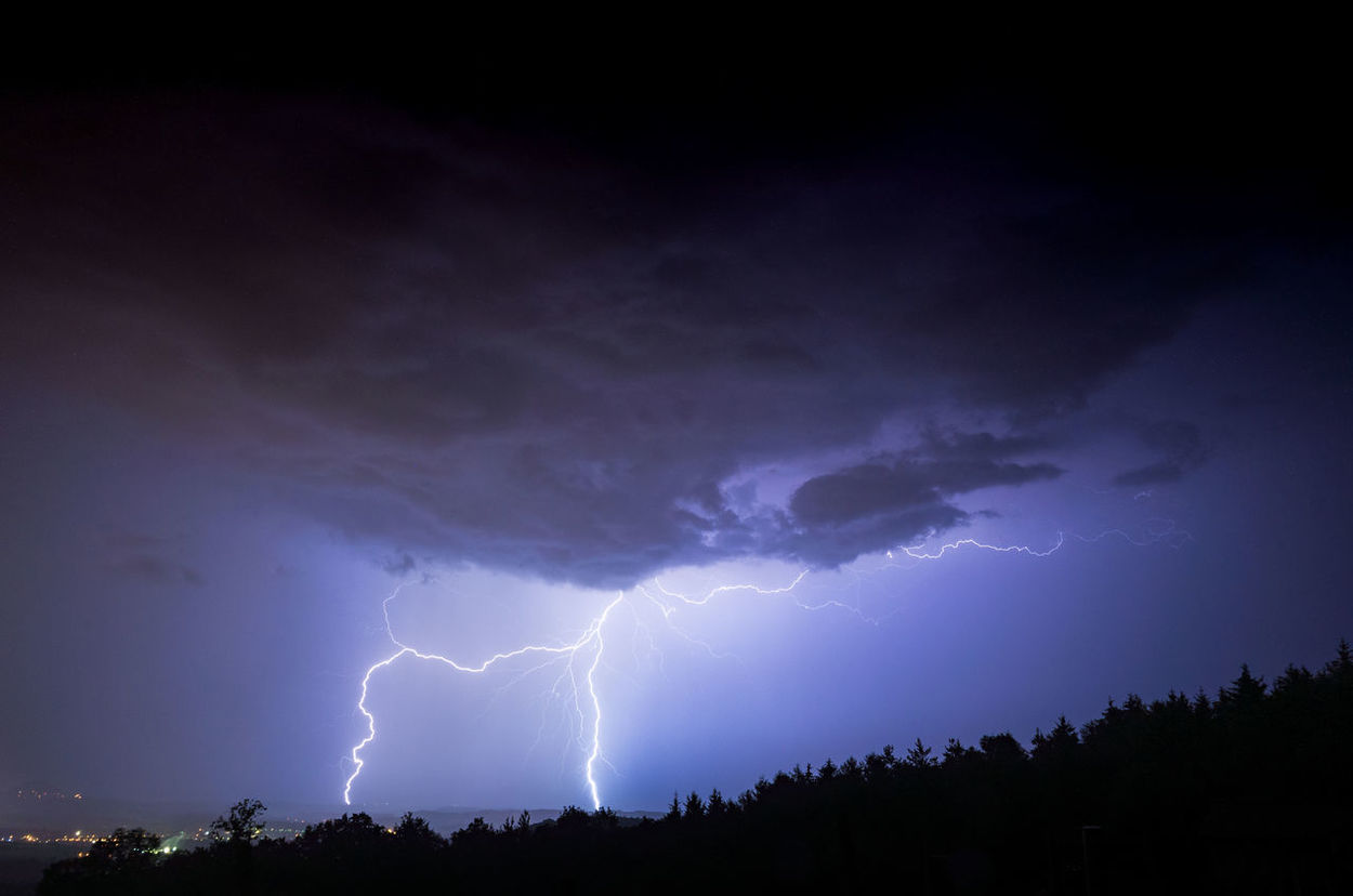 Thunder and Lightning Amazing Atmosphere Atmospheric Mood Cloud Cloud - Sky Colors Dramatic Sky Flash Lightning Lightning And Thunder Majestic Nature Outdoors Power In Nature Scenics Storm Storm Cloud Thunder Thunder And Lightning Thunderstorm Tranquility Weather