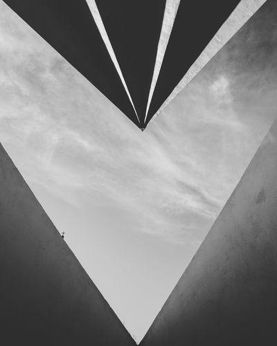 Dystopian Architecture Utopia Berlin Germany Concrete Urban Urban Geometry Symmetry Symmetricalmonsters Black & White The Architect - 2016 EyeEm Awards The Street Photographer - 2016 EyeEm Awards