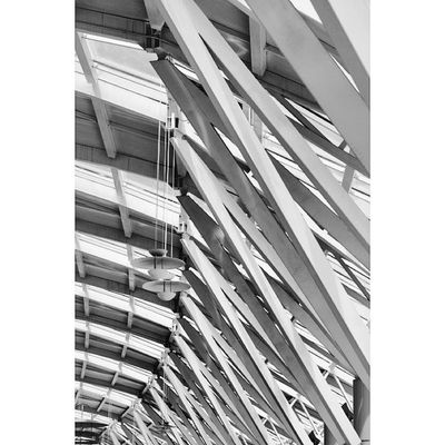 Abstract . Ceiling at Red_sea_mall Redseamall redsea mall. jeddah saudi_arabia saudiarabia. Taken by my sonyalpha dslr A57. فن تجريدي ردسي مول جدة السعودية