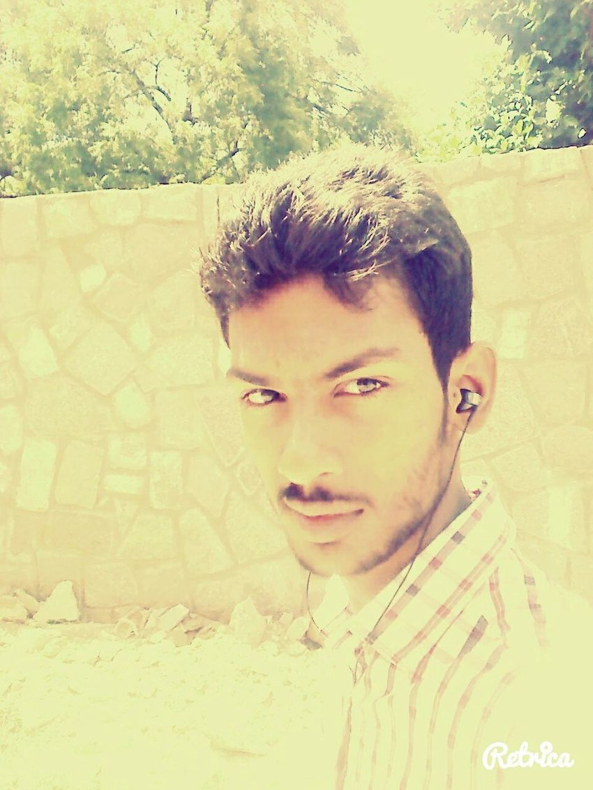 Midday Sunlight Walking Alone... Walking Home Taking Photos Terrific Look My Face Like A Boss I Like It <3 Hit Like