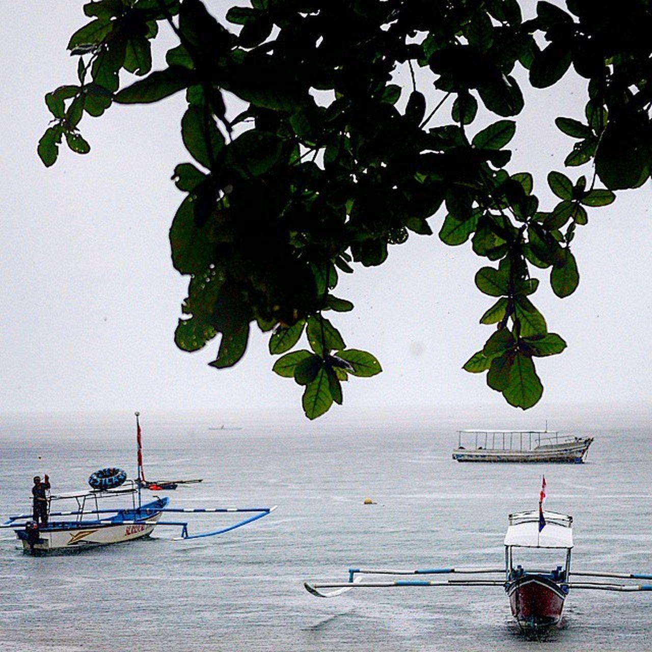 Hujan dicarlos beach.. Belajarmotret Beach