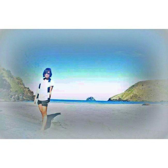 Against the light ! Anawangin Philippines Adventure Travel sea beach tan luzon memories trip invasion
