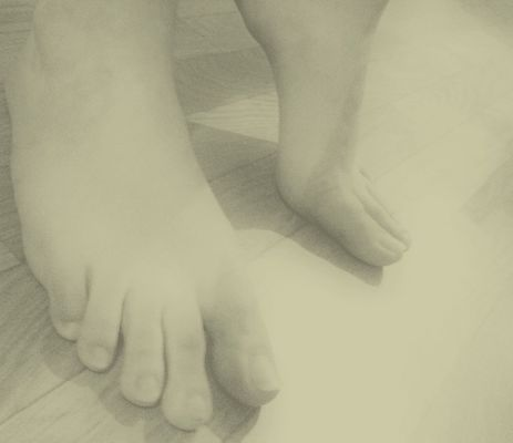 feet by My_pics1973