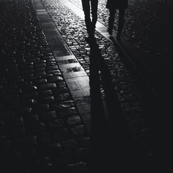 Streetphoto_bw Streetphotography Nightwalk Stranger Strangers Pebbles Night Prague Prague Blackandwhite