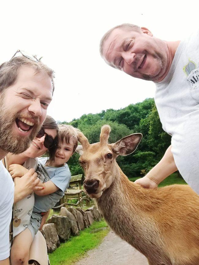 Smiling Looking At Camera Happiness Bonding Casual Clothing Portrait Deer Deer ♥♥ Deer Moments Deerselfie One Animal