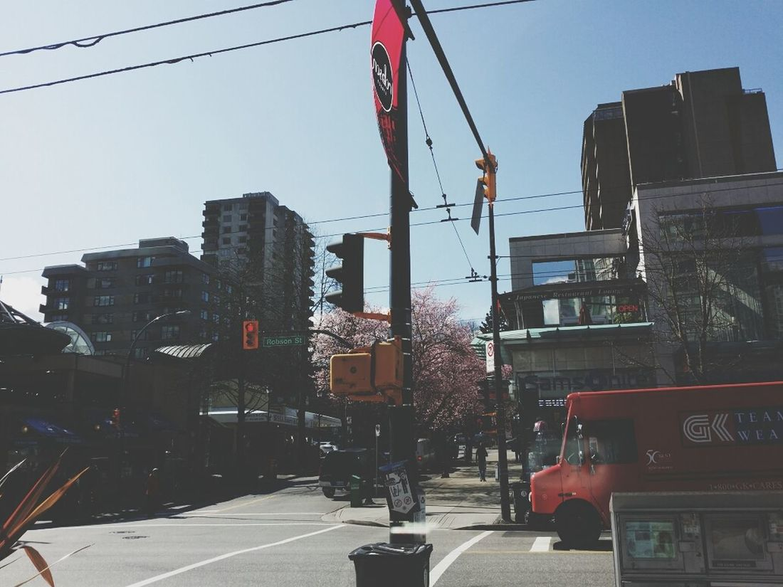 Sunny day. :3 Enjoy ✌ Robson Street Hello World Taking Photos