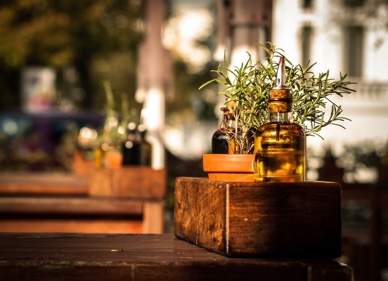 Beautiful stock photos of oil, Day, Growth, Herb, House