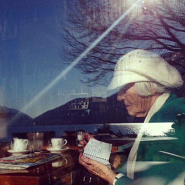Breakfast by the Lake . Reflection Oldwoman Lugano Pictureoftheday Followme Offsetartist Shinyhappypeople