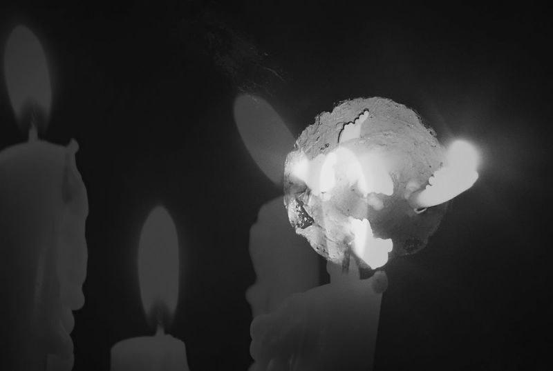 Black And White Light In The Darkness