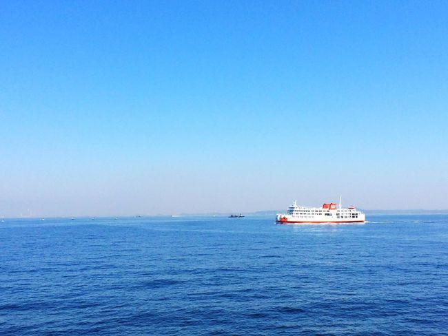 oncoming Ship . Cruise Sail Away, Sail Away Sea