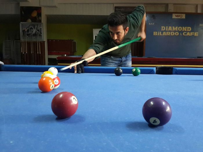 Playing Billard ı'm Loving It. Smile Game Gamer Cold Days