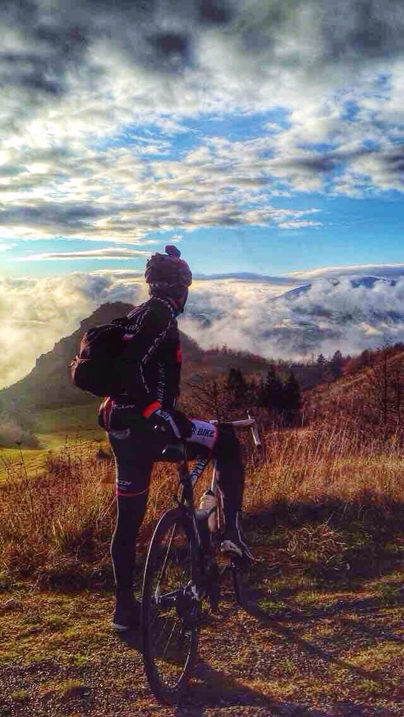 I love this place Leisure Activity Bicycle Outdoors Men Beauty In Nature Sky One Person Cloud - Sky Scenics Adult Vacations Mountain Bike Nature Adults Only People Landscape Day Biker Only Men