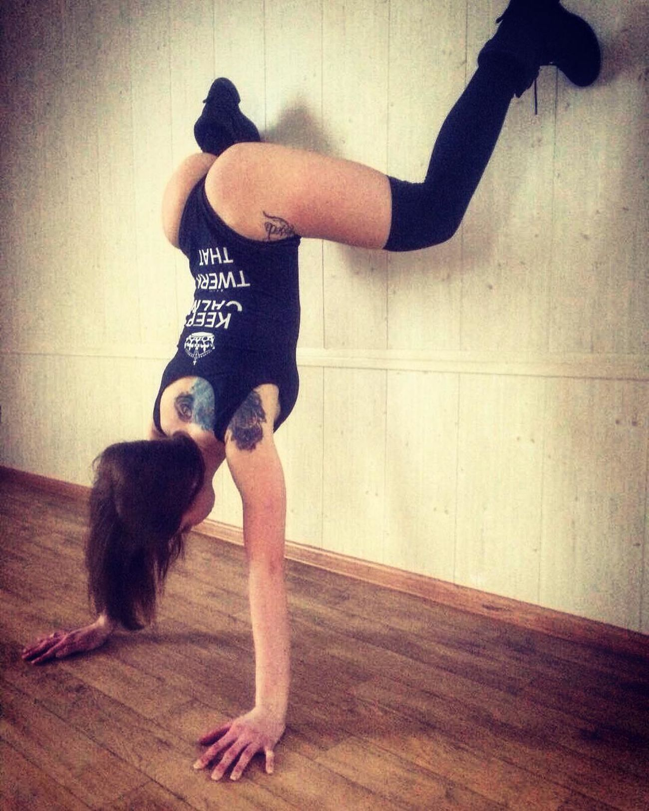 Day Indoors  Real People Sexygirl SexyGirl.♥ Sexygirls Sexylady Sexylegs Sexylips Sexyness Sexyselfie Sexytime Sexywoman Sexywomen Sexy♡ Shape Shapes And Forms Yoga Yoga ॐ Yogagirl Yogatime Young Adult First Eyeem Photo