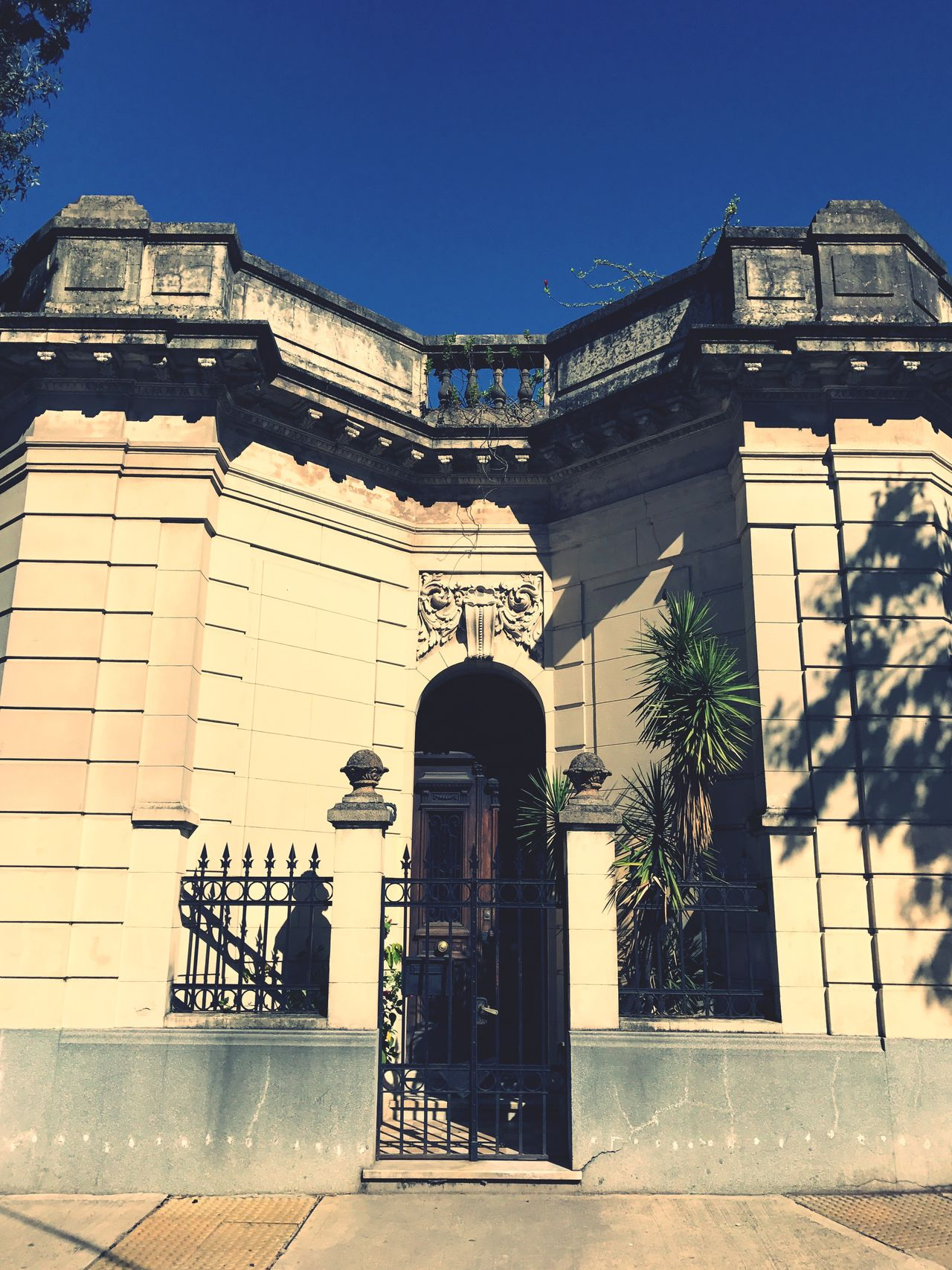 Architecture Building Exterior Built Structure Entrance Outdoors Sunlight No People Clear Sky City Façade Balcony Day Tree Sky Barrio De Flores Barrio De Flores Buenos Aires Argentina