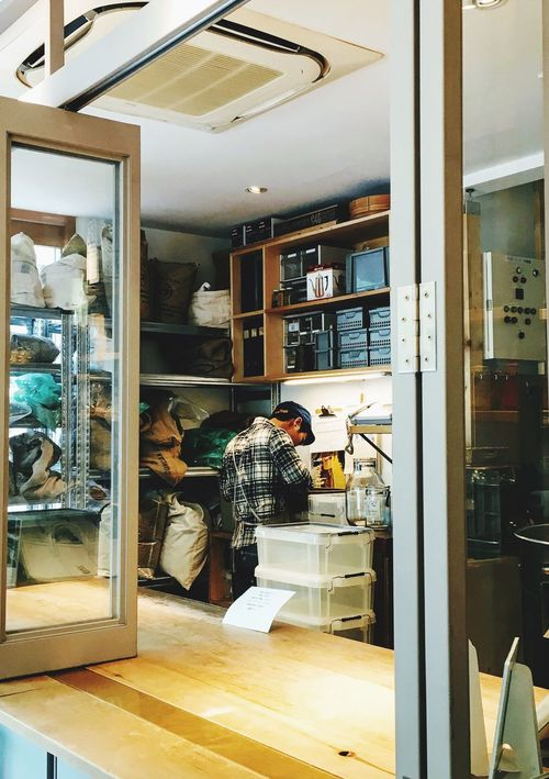 Indoors  Bakery Real People Store One Person People Only Men Cafe Coffee Roastery Friends Friend Japan
