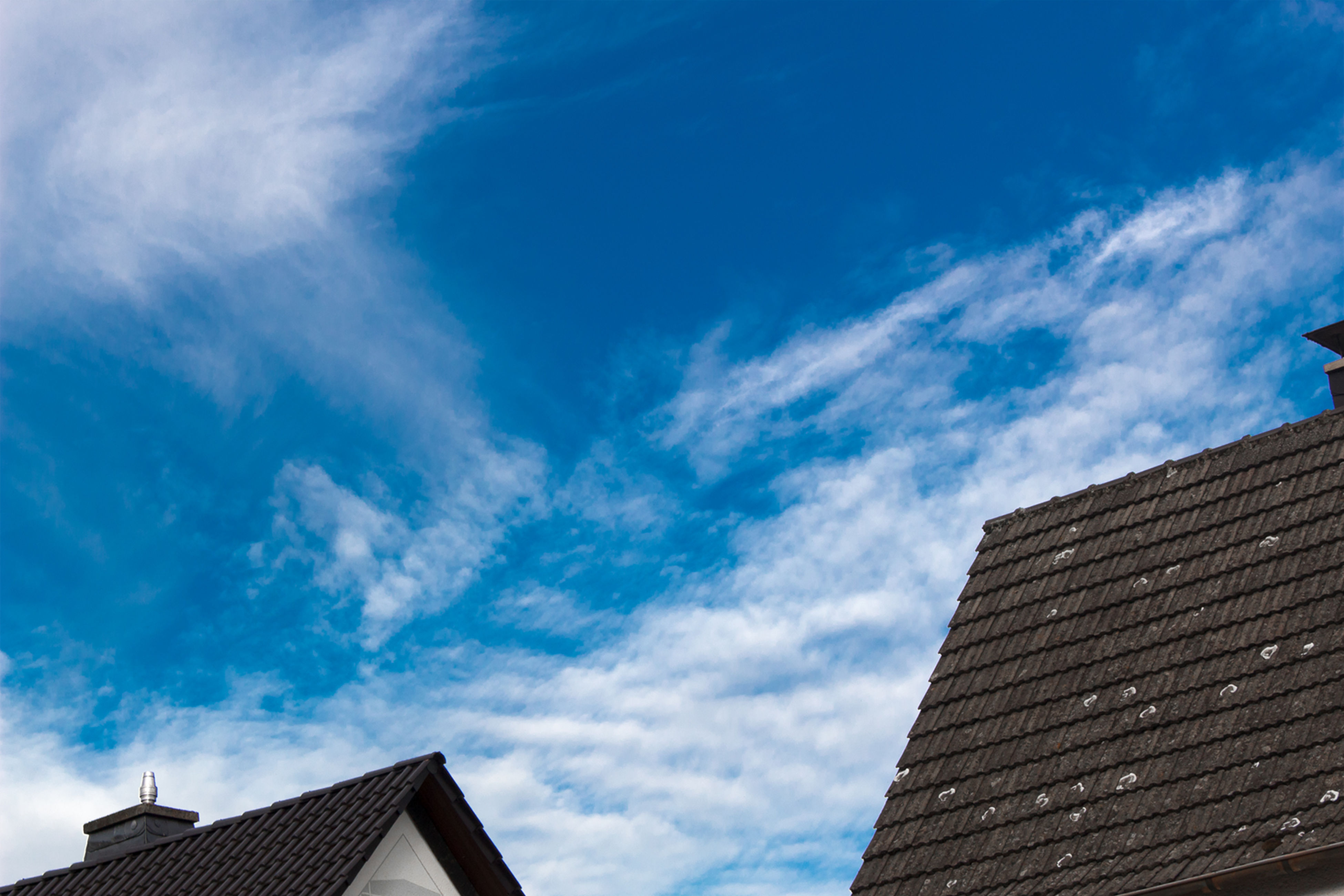 Architecture Built Structure Building Exterior Cloud - Sky Roof Sky Blue House Low Angle View Outdoors No People Day Foto Travel Reisen Deutschland Germany Schön Dramatic Sky Himmel Und Wolken Cloud Himmel Germany Skyline