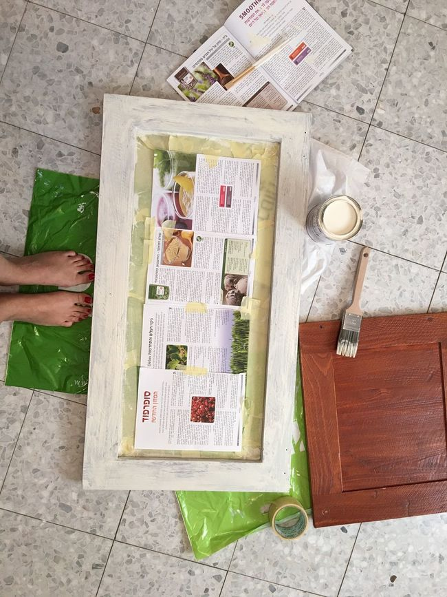 Painting DIY DIY At Home Diy Project Indoors  High Angle View Paper No People Vertical Day Textures And Surfaces Ark Vitrine From Where I Stand From Above  Looking Down Objects Brush Redecorating Decoration Color White Color Home