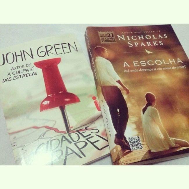 Eu e a Nobel no mesmo espaço físico não está dando muito certo hahaha Falindo Amei  Mimos Fofos Johngreen Nicholassparks Livro