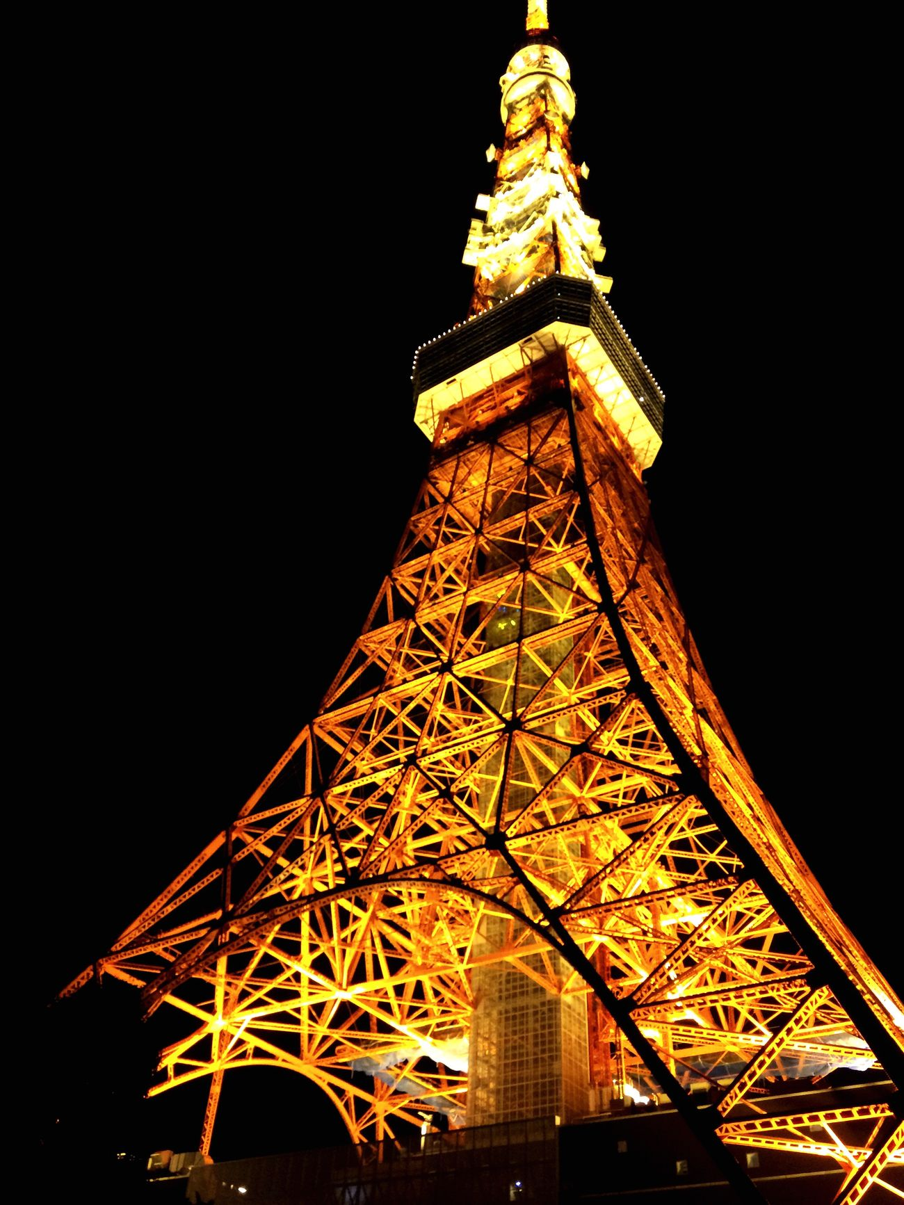 Tower Architecture Low Angle View Built Structure Night Illuminated Sky Architecture View Light And Shadow Light 東京タワー Tokyo 😚 Japan やっぱり、このアングルが好きだ