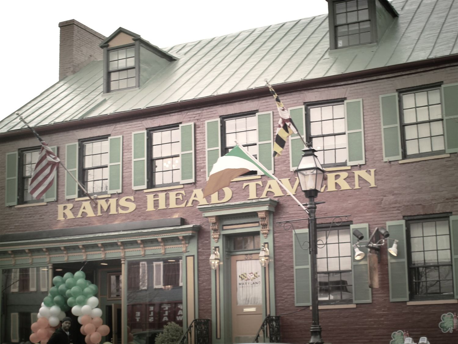 Annapolis Maryland sometimes visiting home makes me more Homesick  the old Hangout Hanging Out Enjoying Life Hello World Streetphotography Tavern  Rams Head Tavern