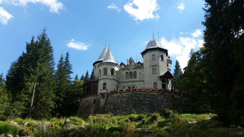 Hanging Out Taking Photos Check This Out Hello World Cheese! Relaxing Hi! Enjoying Life Mountain Village Savoia's Castle Alpi Gressoney Saint-jean Italy❤️