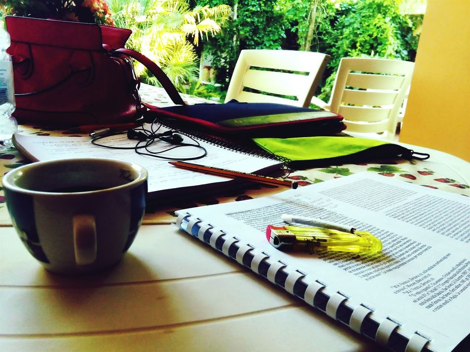 Every student wants a coffeebreak 🍵🚬 Enjoying Life Relaxing Study Time Goodvibes Help I Need Holidays!