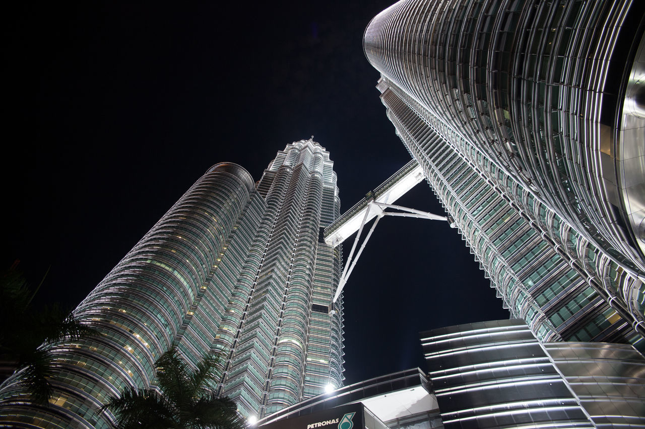 Beautiful stock photos of skyscrapers, Architecture, Building Exterior, City, Elevated Walkway