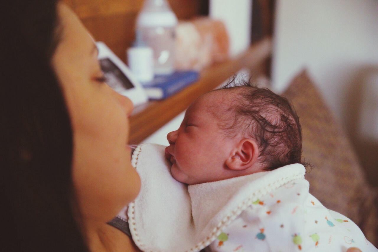 Everyday Joy Newborn Resting Mother Baby Happines Sleeping Home Parents RePicture Motherhood www.pandevonium.com