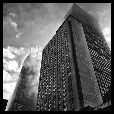 Foggy morning. Chicago Blackandwhite Black And White Downtown Chicago Black And White Photography Inchicago I See Black And White Clouds And Sky Buildings Throughmyeyez