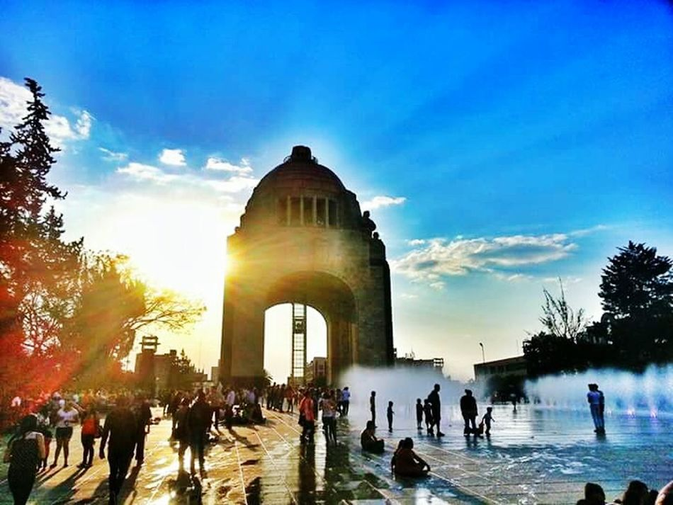 Atardeciendo en el monumento a la Revolución... Urban Lifestyle Cityscapes EyeEm Best Shots The Traveler - 2015 EyeEm Awards