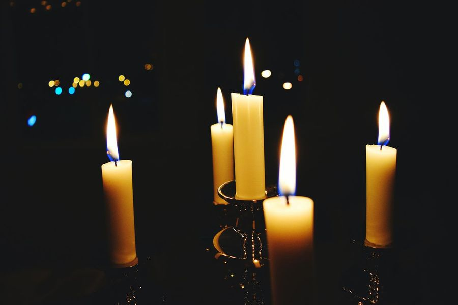 Candles Candlelight Wedding Photography Weddings Around The World Lights Lights Out Power Outage Power Flame Flicker Fire Yellow Soft Romantic Love Romance Amor Dinner Date Eyeemphotography Closeup Fairytale  Dreaming