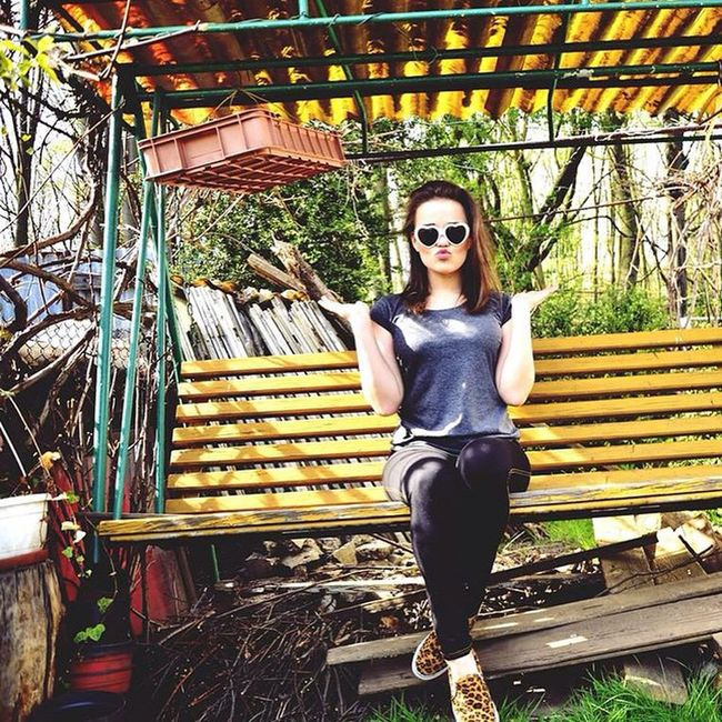 Hello Everybody Chill Photosession Girl Photomodel Landroses Poland Sunny Day Sunday Free Nature Yolo Heart Lovley  Crazy Person Trip Yee 🌴🐢🍍
