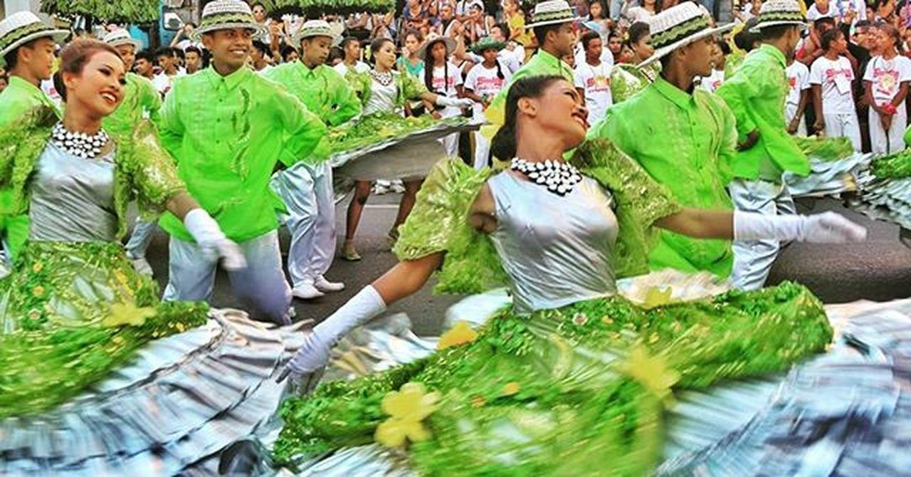 Sinulog Gracefulness! EyeemPhilippines Eyeemcebu Festival Dance Photography Sinulog2016 Cebu Eyeem Philippines Colors Of Carnival Photography In Motion