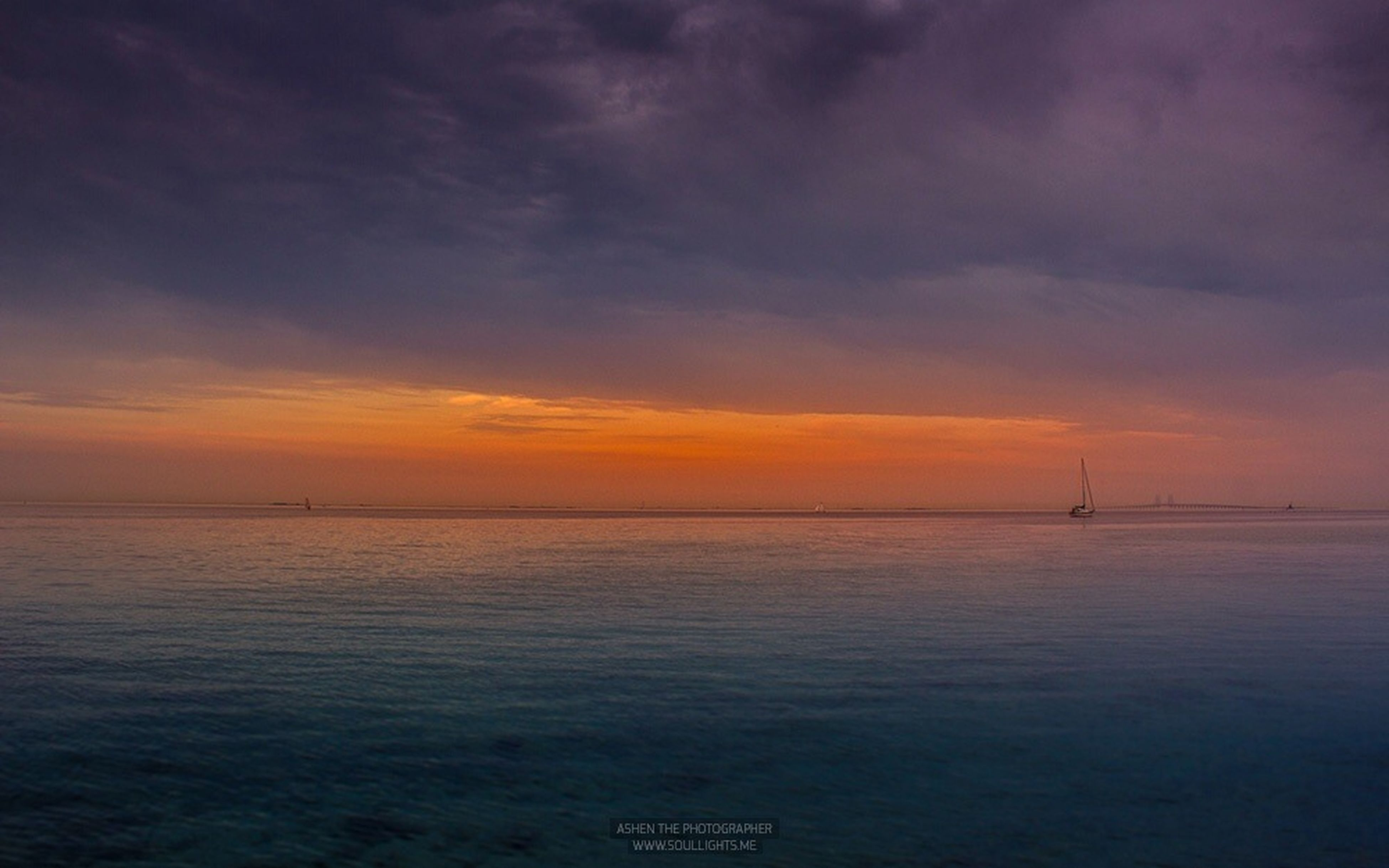 sea, water, sky, sunset, scenics, tranquility, tranquil scene, horizon over water, beauty in nature, nautical vessel, waterfront, cloud - sky, nature, transportation, boat, idyllic, rippled, cloud, cloudy, mode of transport
