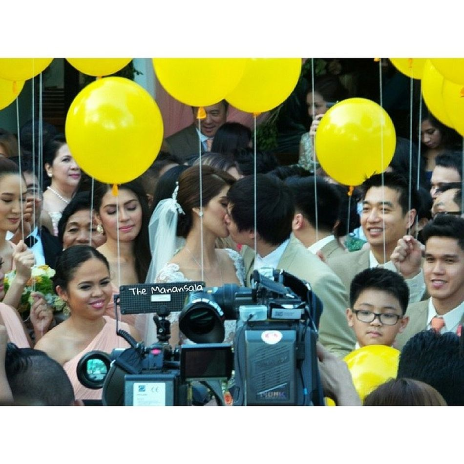 Love is in the universe! @supsupshamcey @lloydtylee Thewedding ShamceyLloydWedding2013 Shamceysupsup Themanansala spotlight