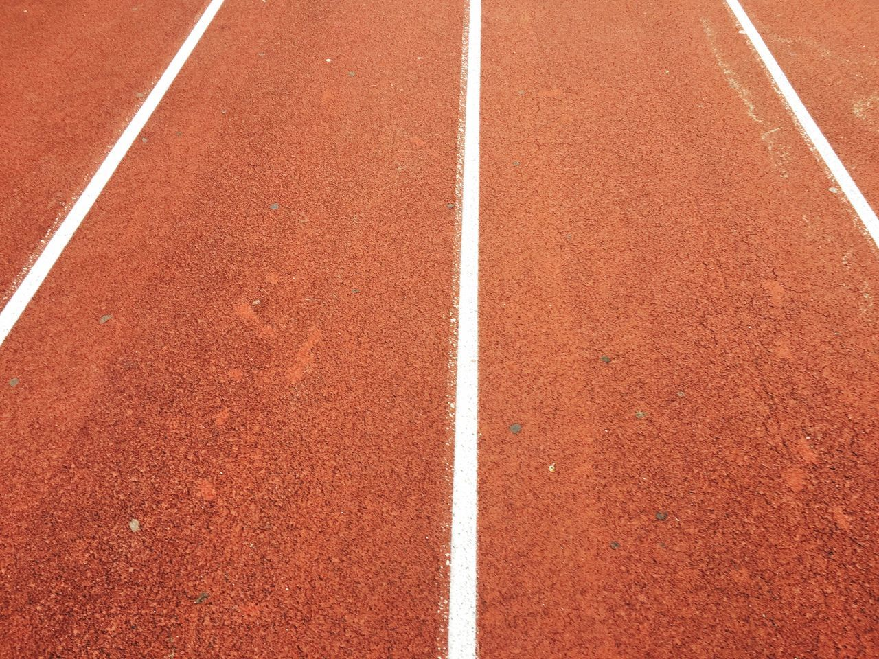 Running Track Sports Track Sport Track And Field Full Frame Day Rot Hintergrundgestaltung IPhoneography Iphoneonly Hintergrundbilder Backround Outdoors Backgrounds Red Track And Field Athlete Sports Race Competition Dividing Line Track And Field Stadium No People Competitive Sport Track Event Starting Line Sprinting