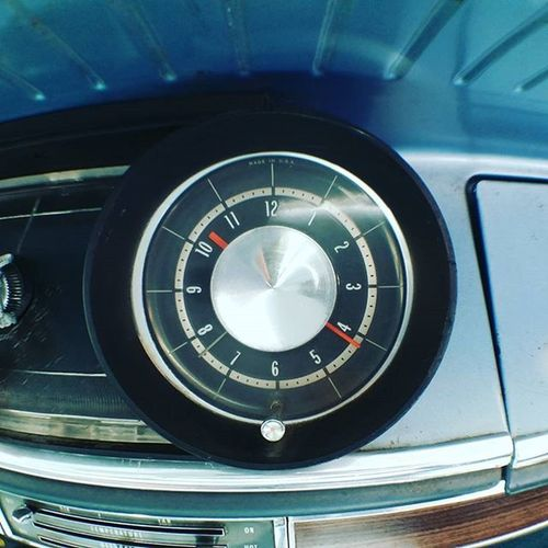 1965 Chevrolet Impala S/W ずっと 時を刻む 君は 誰との 時間 が 一番好き だった? Chevrolet Chevy Impala 1965 Time Spend