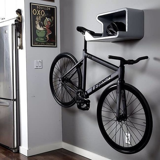 Regram from @bikeshelfie. Go drop a follow and check out this wall mount! I need this in my life. Birthdaycomingup Fixedgear Wallmount Functional sttb httb hangthetrackbike bikes thefixedlife