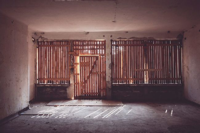 Shadows & Lights Abandoned Places Berlin Mobilephotography FUJIFILM X-T1