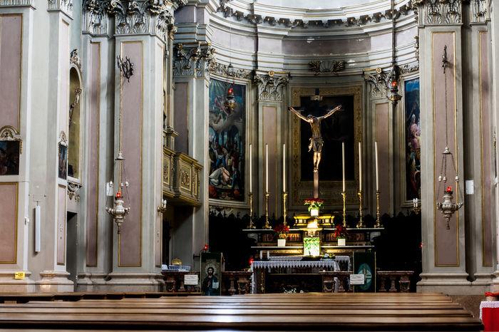 Altar Architectural Column Architecture Built Structure Day Human Representation Indoors  Langbart No People Religion Sculpture Statue Travel Destinations