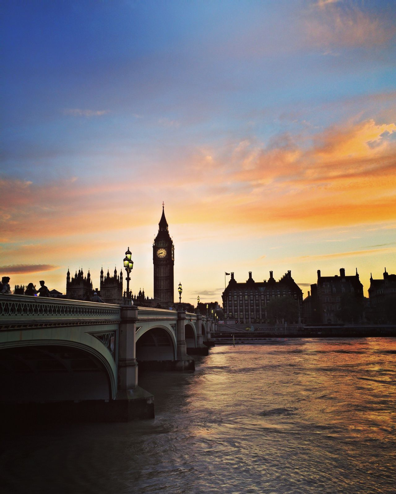 London Sunset Sunlight Sunset_collection Sunset Silhouettes Big Ben Bigben Riverside River View Bridge Parliment LONDON❤ London Bridge EyeEm Best Shots Battle Of The Cities BYOPaper! Sommergefühle