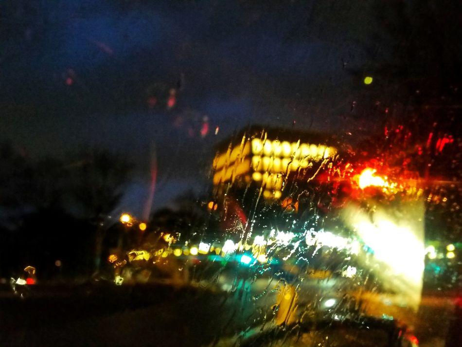 ..la notte e le sue luci, i suoi percorsi, le sue storie. EUR Goodnight Darkness And Light Raindrops Rain Great Beauty Rome Enigmatic_Feeling Life