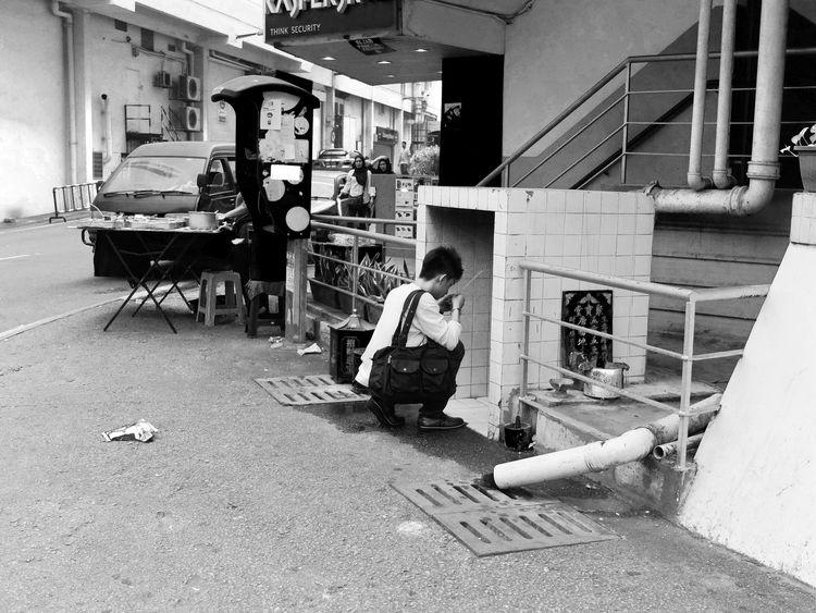 Pray Asian Culture Streetphotography Monochrome Life Hope