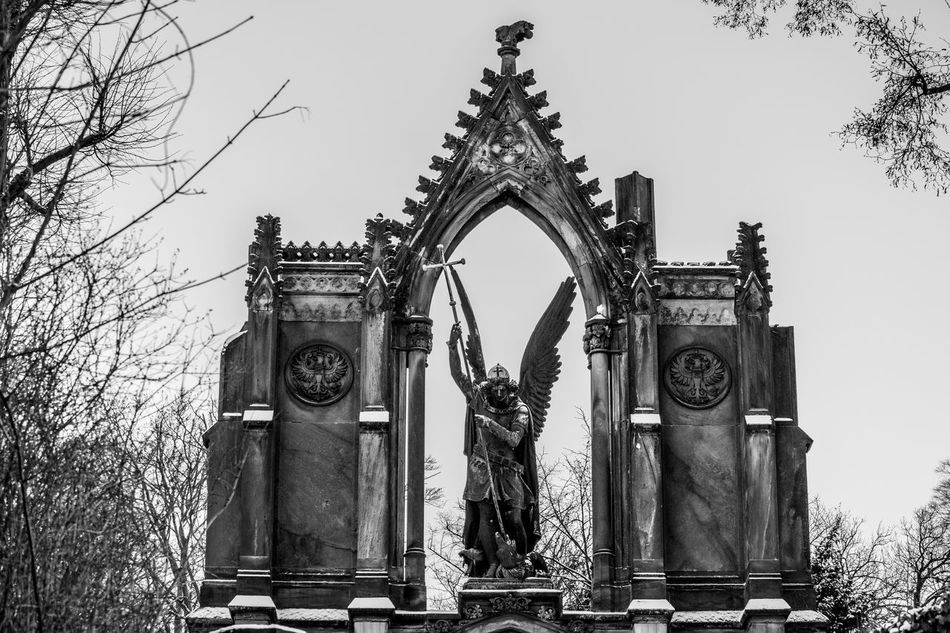 Archangel Archangel Michael Architecture Babelsberger Park Black And White Black And White Photography Day Erzengel Michael Outdoors Park Babelsberg Parkbabelsberg Potsdam Sky Snow Statue Tree