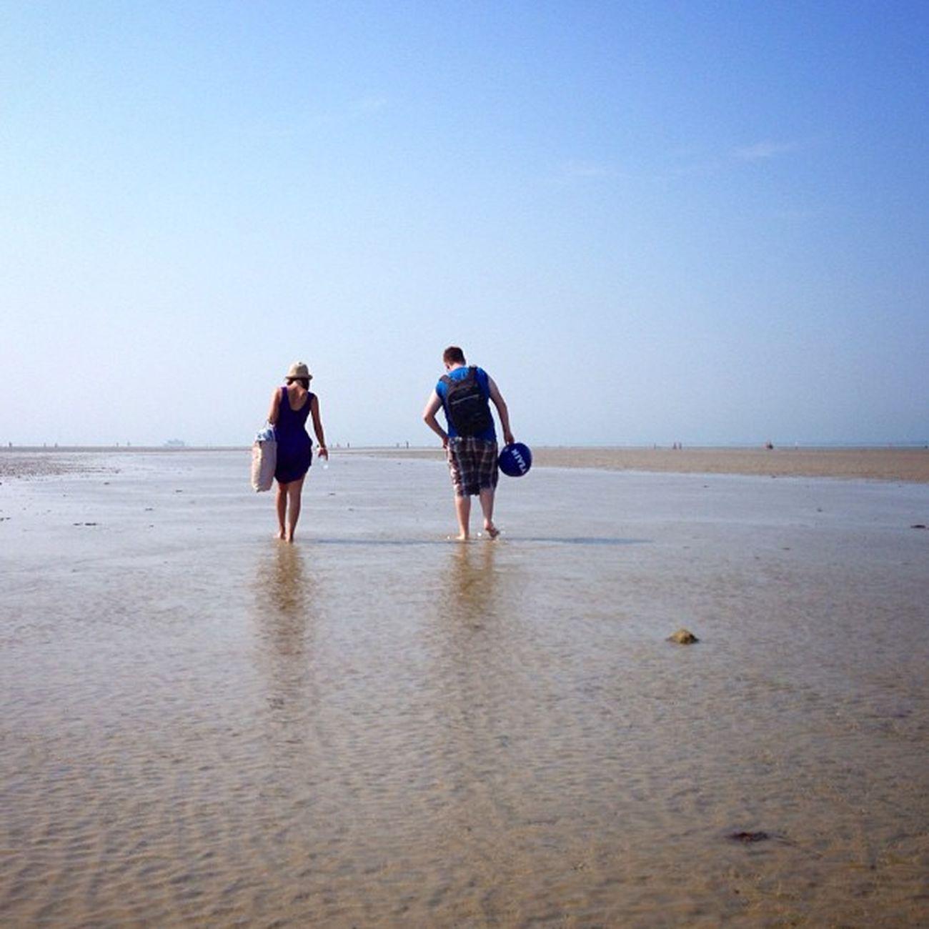 lzemka & keith4594 Walking on the low tide ☀️???☀️#IsleOfWight #aauk #allshots_ #beach #britishsummer #capture_today #gf_uk #gi_uk #gang_family #ic_water #ic_cities #o2travel #rydebeach #summer #yourturnbritain Capture_today Loveyoursummer Summer Yourturnbritain Beach Isleofwight Rydebeach Gang_family Britishsummer Ic_water Allshots_ Ic_cities Gf_uk O2travel Gi_uk Aauk